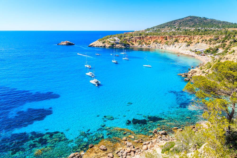 Los Mejores sitios del Mediterráneo para practicar Yoga