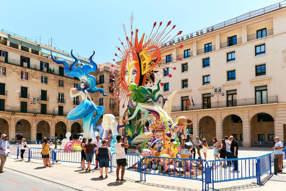 Las Hogueras, las Fiestas Oficiales de la Ciudad de Alicante