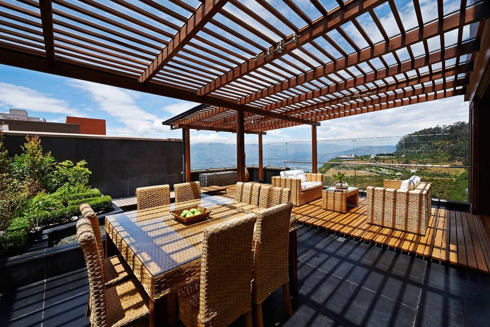 Protege a tu terraza o balcón de los rayos solares